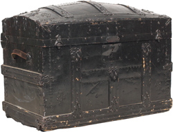 Photo of an old trunk